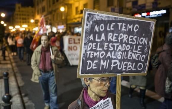 Llegada de las Marchas por la Dignidad a la Puerta del Sol, donde se han concentrado miles de personas. Foto: EFE
