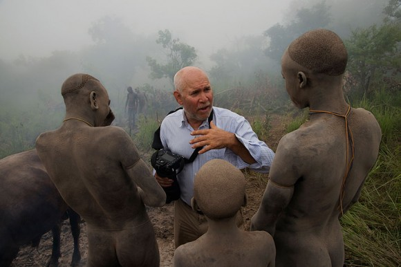 oltre-lo-sguardo-portrait-photography-steve-mccurry-6