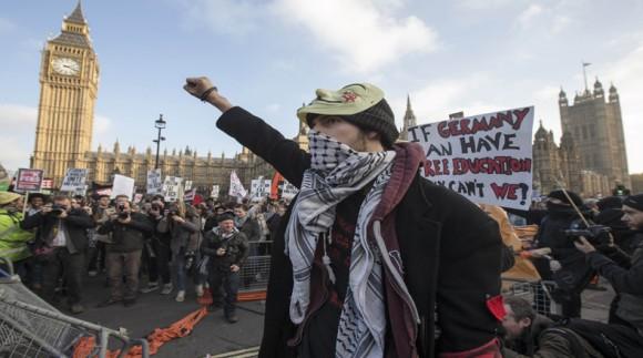 Protestas estudiantiles en Londres. Foto: REUTERS/ Peter Nicholls