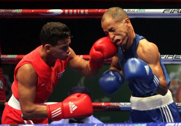 Robeisy Ramirez gana Oro en los 56 kg de Boxeo. Foto: Ismael Francisco/Cubadeabte.