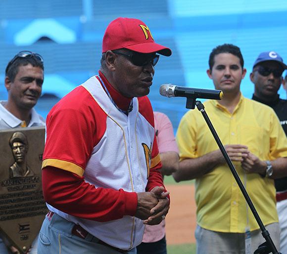 Víctor Mesa le habló a los participantes.