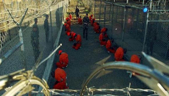 NY Times: EEUU debe cerrar la prisión en la base naval de Guantánamo