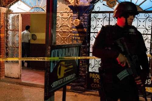 En Villahermosa, Tabasco, un hombre fue asesinado a tiros dentro de un bar clandestino. Foto: Cuartoscuro.