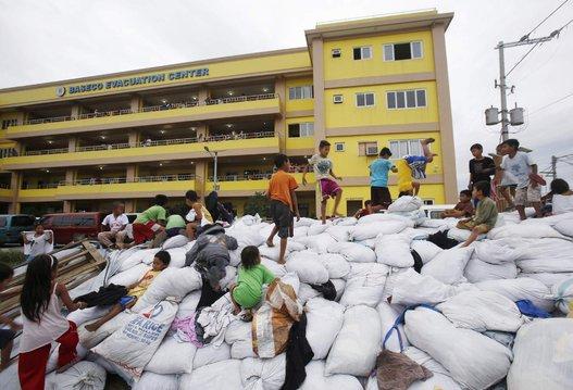 Filipinas Tifón (6)