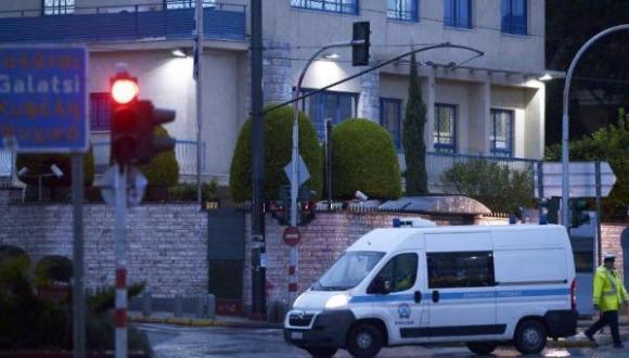 Grecia-condena-un-atentado-sin-v-ctimas-contra-la-embajada-de-Israel-en-Atenas