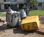 Los contenedores son insuficientes, pero si no se cuidan… Foto: Ismael Batista.