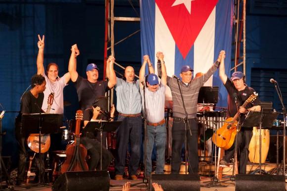 Silvio en el Latino. Foto: Alejandro Ramírez Anderson