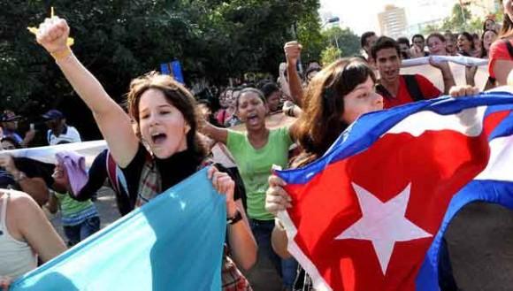 CUBA-LA HABANA-MARCHAN ESTUDIANTES DE RELACIONES INTERNACIONALES