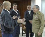 Los Cinco en la Patria: Raúl recibe a Gerardo, Antonio y Ramón (+ Fotos y Video)