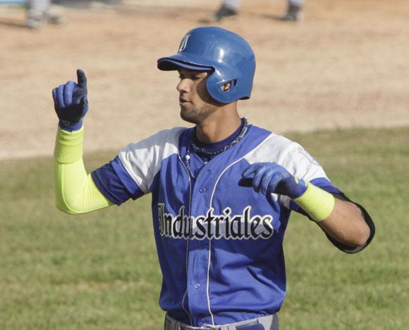Vencen Occidentales en Juego de las Estrellas del béisbol cubano