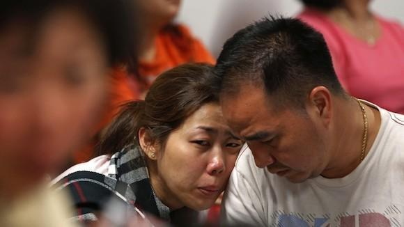 Familiares de los pasajeros. Foto: Reuters