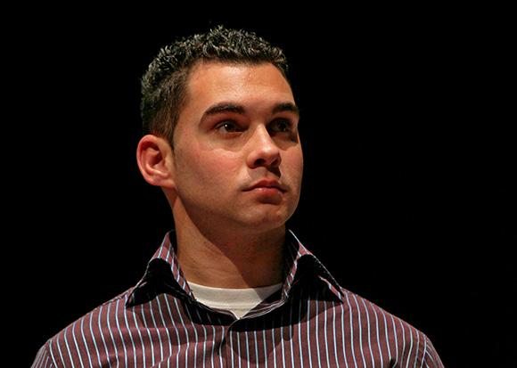 Elián González en la Gala por el XV Aniversario de la Mesa Redonda. Foto: Ismael Francisco/ Cubadebate