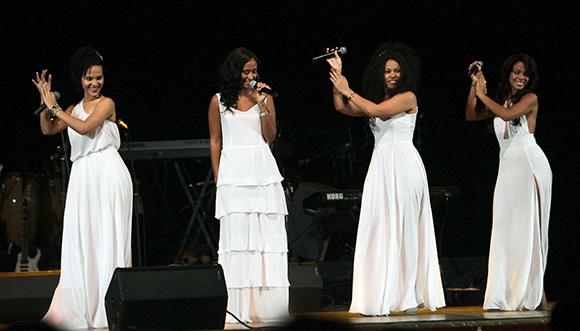 Cuarteto Sexto Sentido, en Gala por el 15 Aniversario de la Mesa Redonda. Foto: Ismael Francisco/Cubadebate.