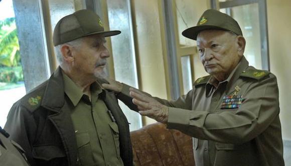 CUBA-GRANMA- VISITAN COMANDANTES DE LA REVOLUCIÓN MUSEO DE LAS COLORADAS