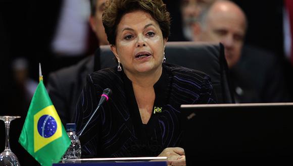 Brasil: Denuncia Rousseff que oposición busca atajos para llegar al poder