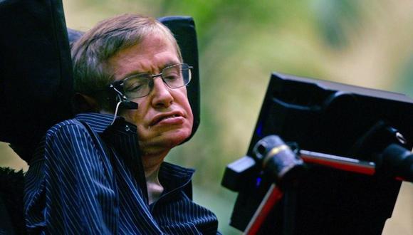 Hawking: La única salvación de la humanidad es colonizar el espacio