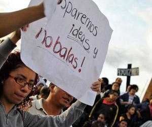 México: Padres de normalistas desaparecidos exigen no olvidarlos