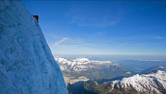 imágenes de la montaña Aiguille du Midi, en el macizo de Mont Blanc