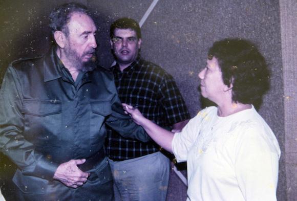 Leonela y Fidel en el Palacio de la Revolución.