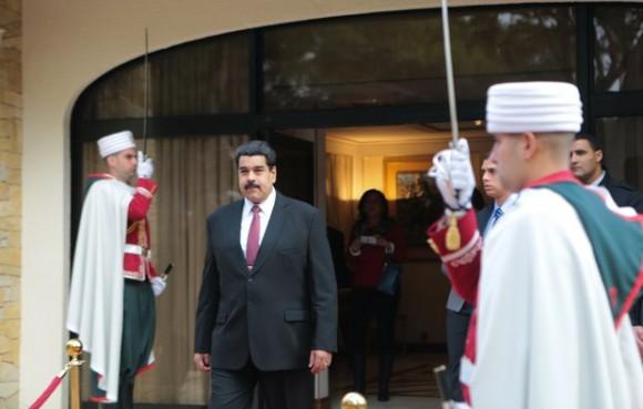 Maduro en Argelia A