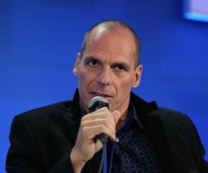 Advierte Grecia que continuará negociaciones a pesar de rechazo del Eurogrupo
