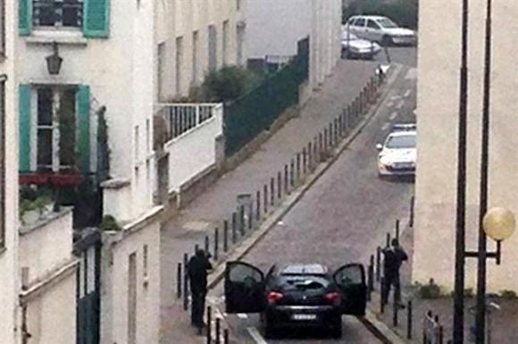 Captura de video donde se ve a los terroristas que perpetraron el ataque.
