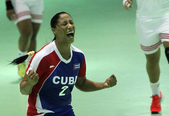Gana medalla de Oro equipo cubano de Balonmano femenino en Veracruz 2014. Foto: Ismael Francisco/ Cubadebate.