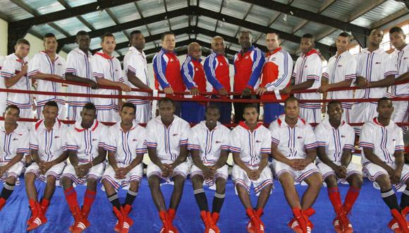 El equipo de los Domadores de Cuba. Foto: Sitio oficial de la Serie Mundial de Boxeo