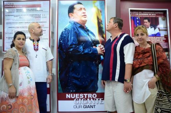 Gerardo y Ramón rinden homenaje a Chávez en La Habana