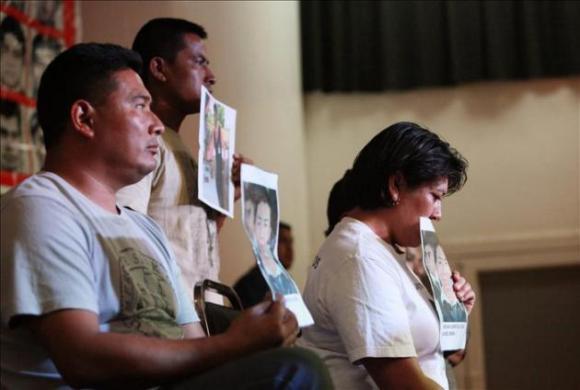 padres de estudiantes mexicanos desaparecidos