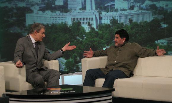 De Zurda en La Habana, con Maradona y Víctor Hugo. Foto: Ismael Francisco/ Cubadebate