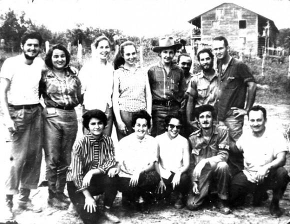 Raúl, Vilma y nosotros en Tumba 7.