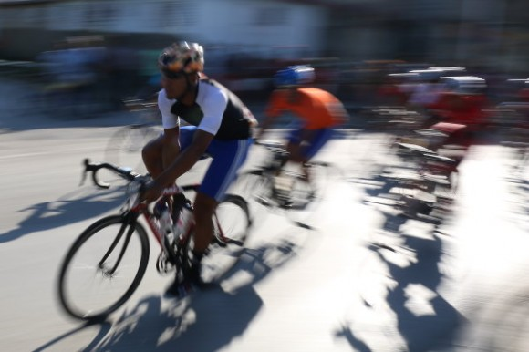Clásico Ciclístico Guantánamo-Habana Primera Etapa. Foto: Otmaro Rodríguez / Cubadebate