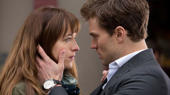 Dakota Johnson y Jamie Dornan en '50 sombras de Grey'.