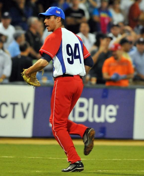 Serie del Caribe 2015 CUB-PR. Gana Cuba 3 x 2. Héctor Mendoza fue el pitcher ganador. Foto: Ricardo López Hevia / Enviado de Granma / Cubadebate