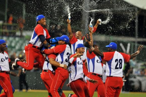 Cuba Campeón de la Serie del Caribe 2015. . Foto: Ricardo López Hevia / enviado Especial de Granma / Cubadebate