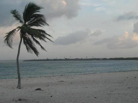 Costa de Banes, holguín. Foto trabajador biblioteca de Banes