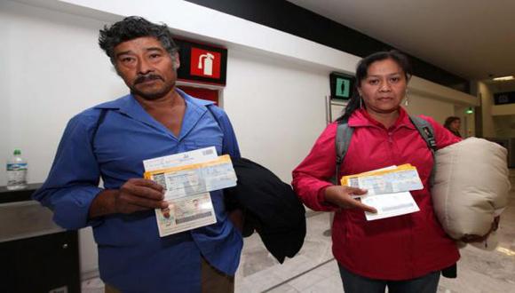 Hilda Legideño y Bernabé Abraján, antes de partir para Ginebra.