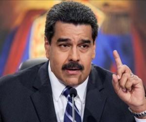 Maduro se suma al repudio popular contra visita de Felipe González a Venezuela