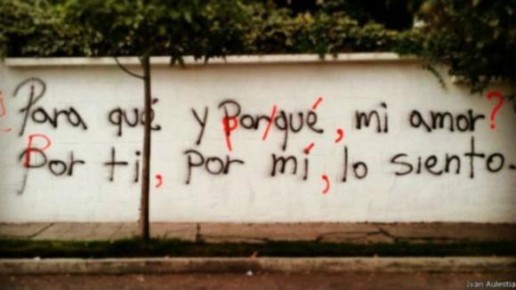 Los grafitis corregidos han aparecido en ciudades como Quito o Madrid.