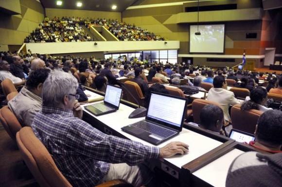Asiste Díaz-Canel al I Taller Nacional de Informatización y Ciberseguridad (+ Fotos)