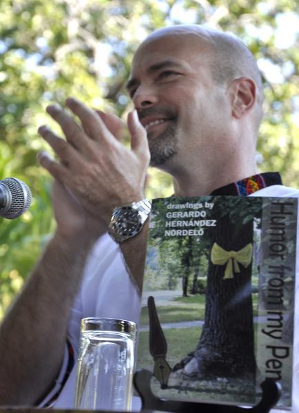 """Gerardo Hernández Nordelo, uno de Los Cinco Héroes cubanos, durante la presentación de su libro en inglés """"El humor desde mi pluma"""",  en el Instituto Cubano de Amistad con los Pueblos, La Habana, Cuba, el 2 de febrero de 2015. AIN FOTO/Tony HERNÁNDEZ MENA/"""