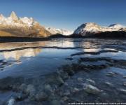 """La ganadora de la categoría """"Río"""" fue Claire Carter por su imagen de un río helado en la Patagonia, Argentina. Foto: BBC Mundo."""