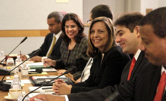 El encuentro tiene lugar en el Salón Marshall, del Departamento de Estado. Foto: Ismael Francisco/ Cubadebate