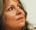 """Liuba María presenta su libro """"Tantas vidas, cancionero y especie de relato íntimo"""""""