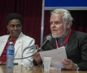 El intelectual venezolano Luis Britto (D).  FOTO/ Abel ERNESTO/ AIN