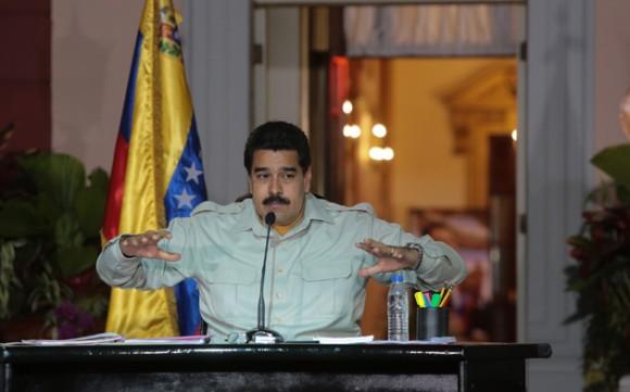 """El presidente Nicolás Maduro confirmó este jueves la detención del alcalde metropolitano, Antonio Ledezma, y aseguró que el dirigente opositor será procesado """"por todos los delitos cometidos contra la paz del país"""". Foto: Prensa Presidencial"""