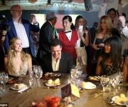 En el festival del Habano. Foto: Daily Mail.