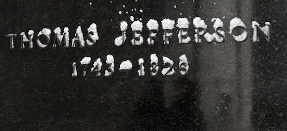Un detalle del Monumento a Thomas Jefferson. Foto: Ismael Francisco/ Cubadebate