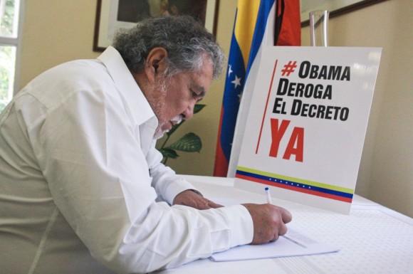 El Embajador de Ecuador. Foto: Embajada de Venezuela en Cuba.